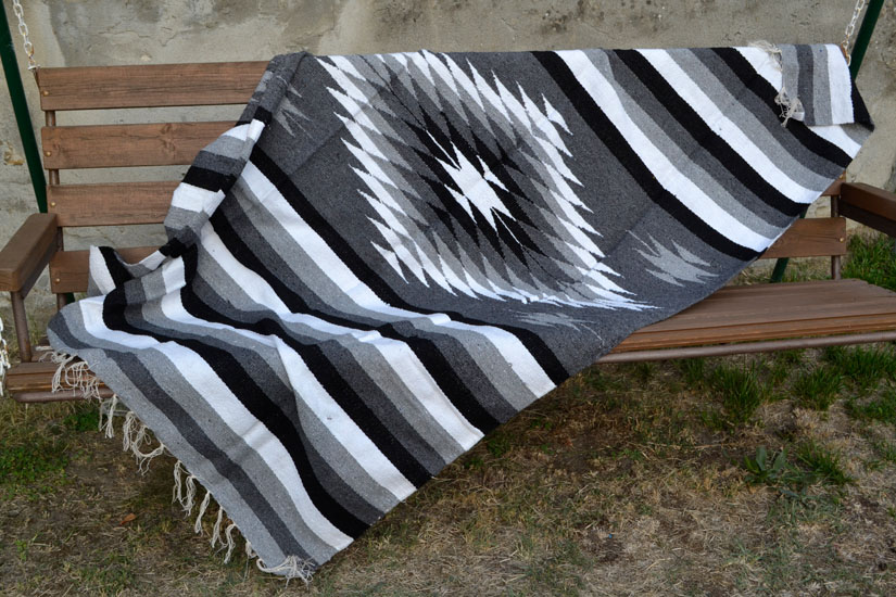 Mexican blanket, Indian. Grey